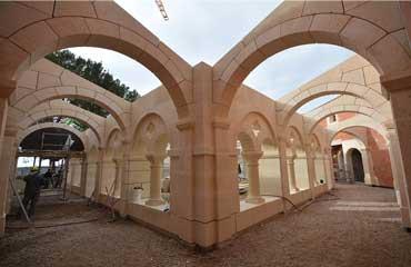 Eglise Cloitrée